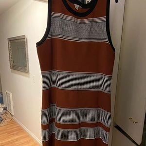 Sleeveless Knit Dress - Black, white, and rust!